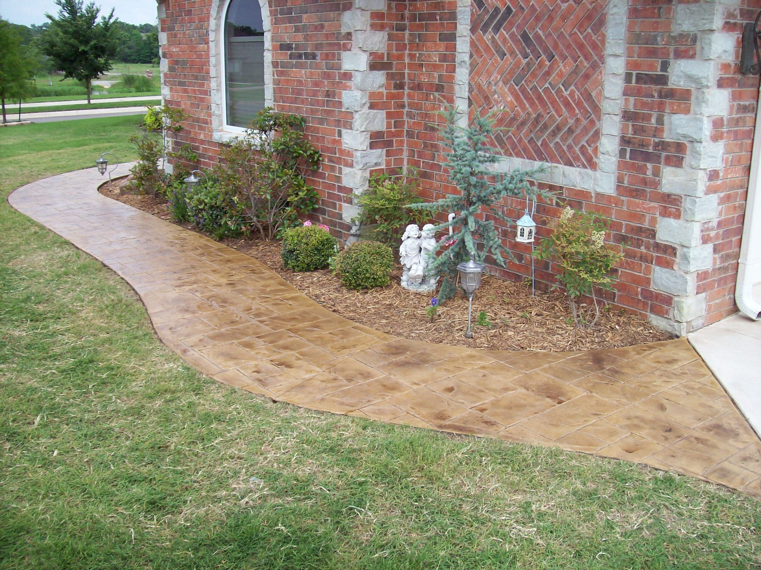 Design by colorant: Renew Outdoor Colored Concrete with Colored Tinted Sealer