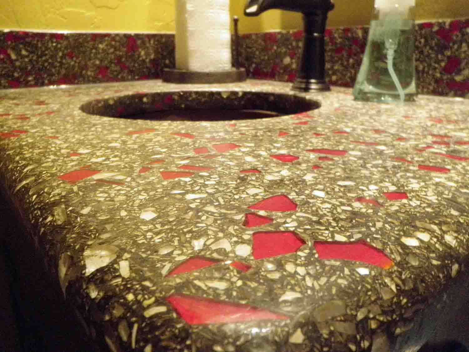 Design by colorant: Concrete Countertops Using Recycled Glass Aggregates