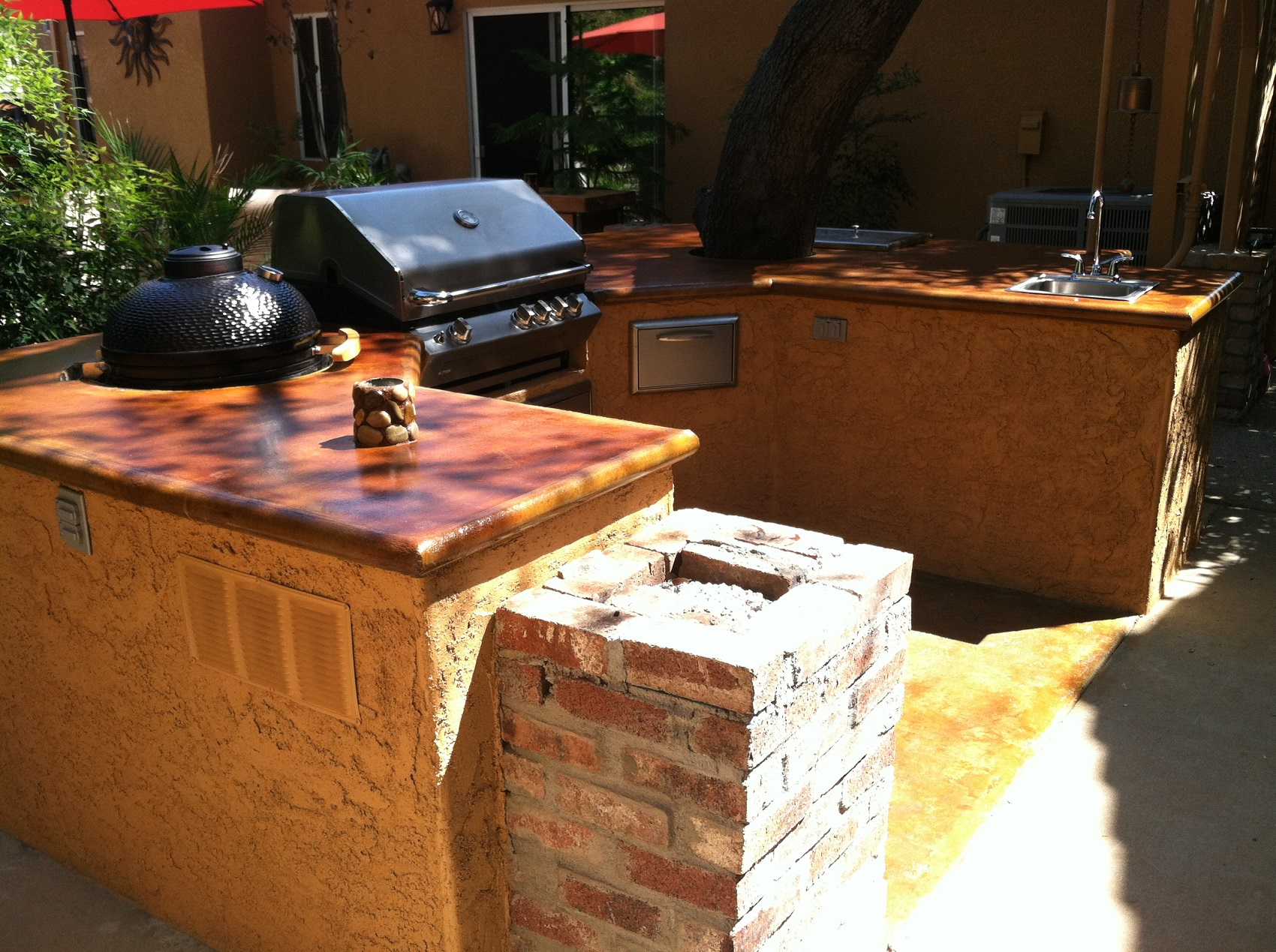 Design by project: Outdoor Concrete Kitchen Countertop From Start to Finish