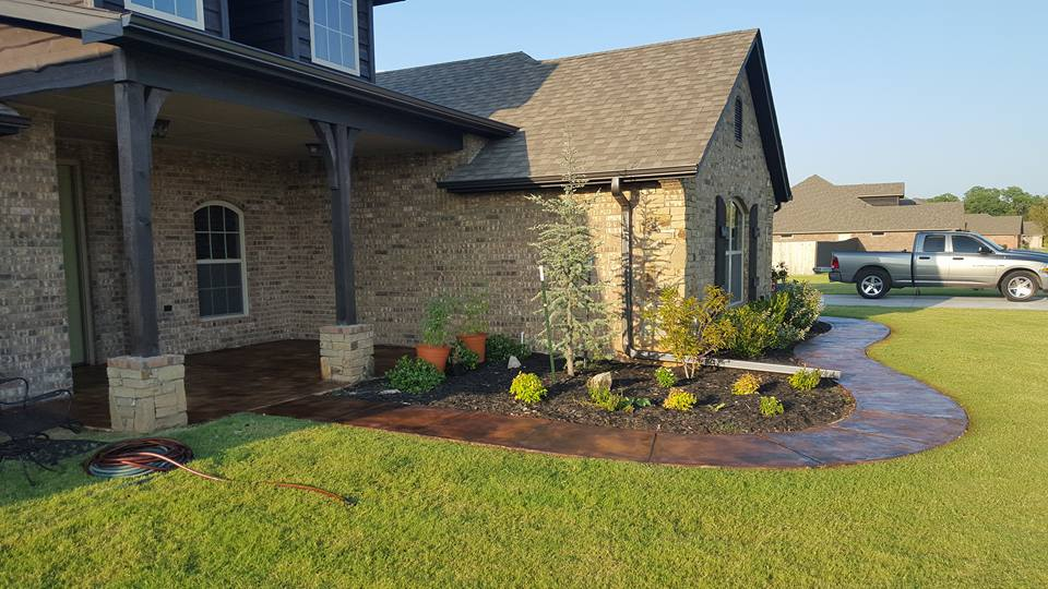 Design by project: Boost Your Home's Curb Appeal with Stained Concrete