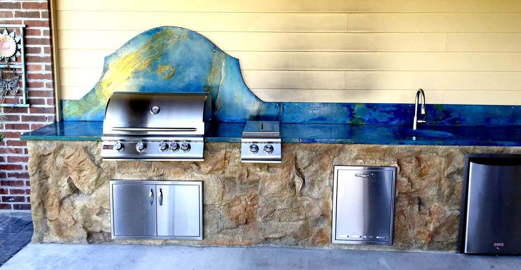 Design by project: Bold, Creative Outdoor Countertop Design