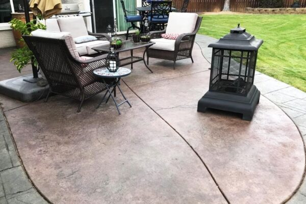 Liquid Antiquing Stains: Olive, Black, Aztec Brown and Charcoal. Satin Finish Solvent Based Acrylic Concrete Sealer.