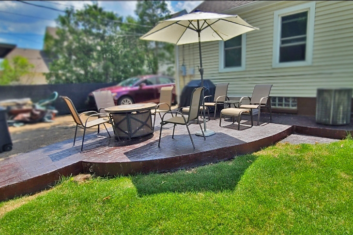 Patio after applying Black and Charcoal Antiquing Stains
