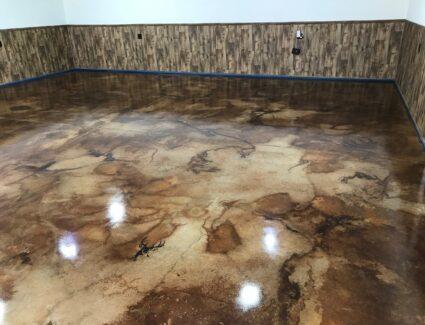 Acid Stained cola, coffee brown, desert amber garage floor